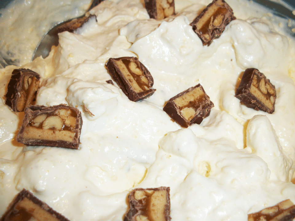 Lark's Recipe: Buttermilk Apple Snickers Salad