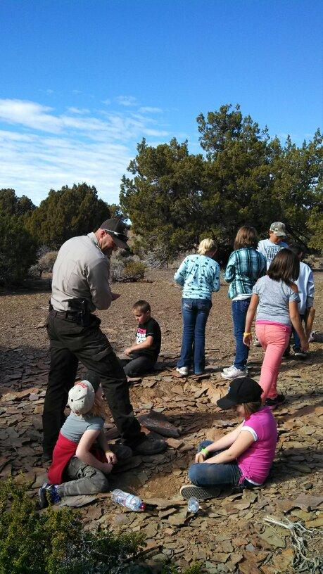 Caliente school visits Trilobite site