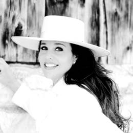 Devaney performs at Opera House, critically acclaimed singer slated July 18