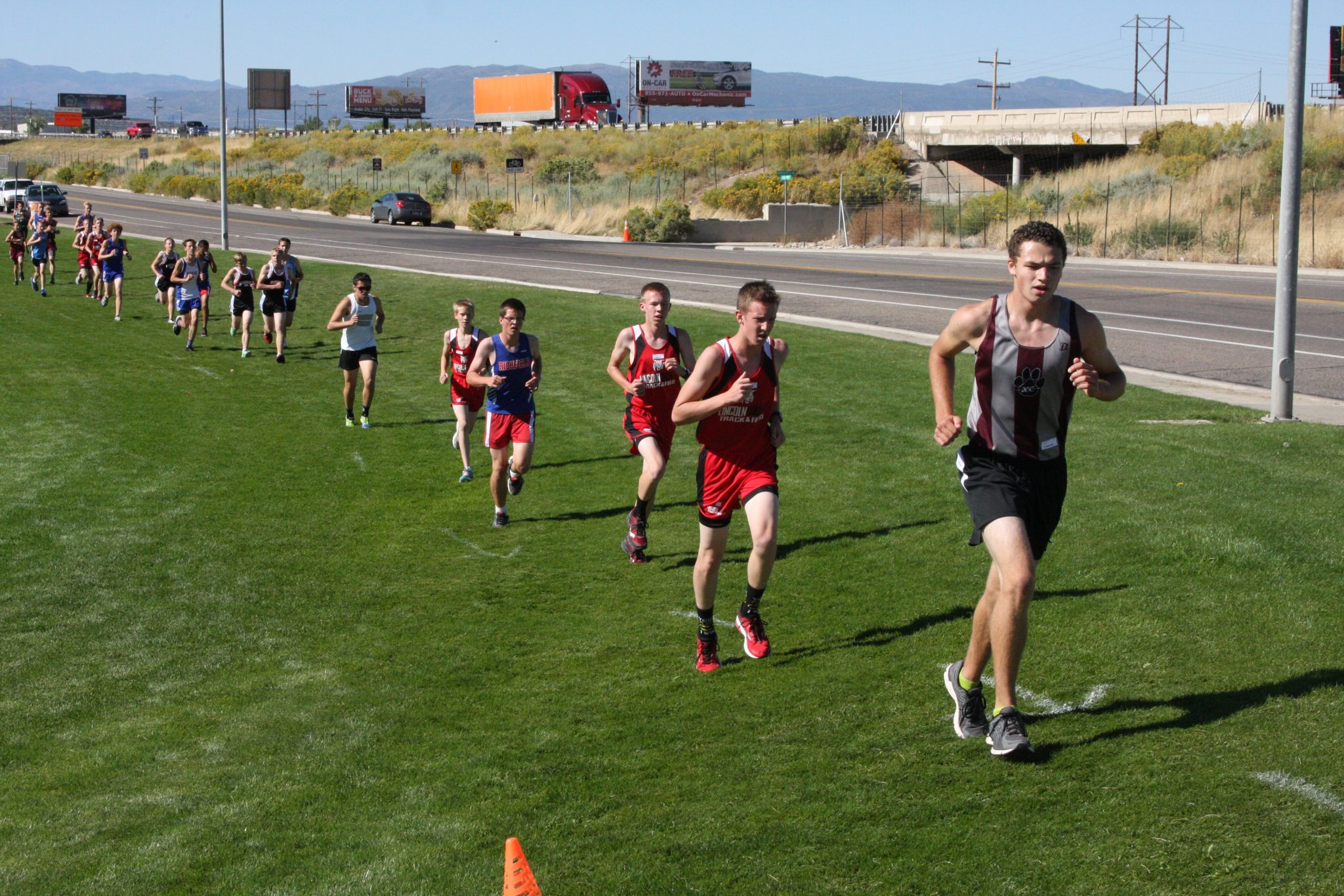 Runners continue improving times at Canyon View meet