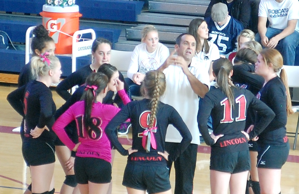 Lady Lynx season comes to an end in league semifinals