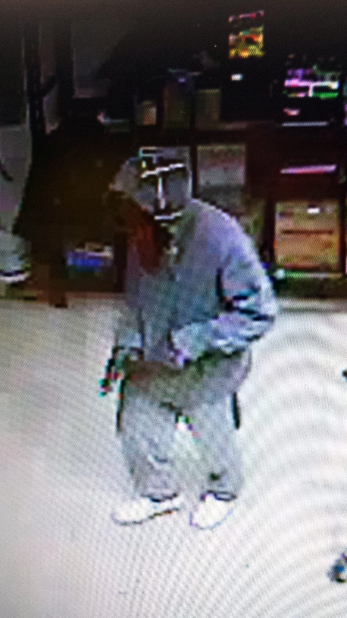 Suspect sought in robberies of Lincoln County businesses