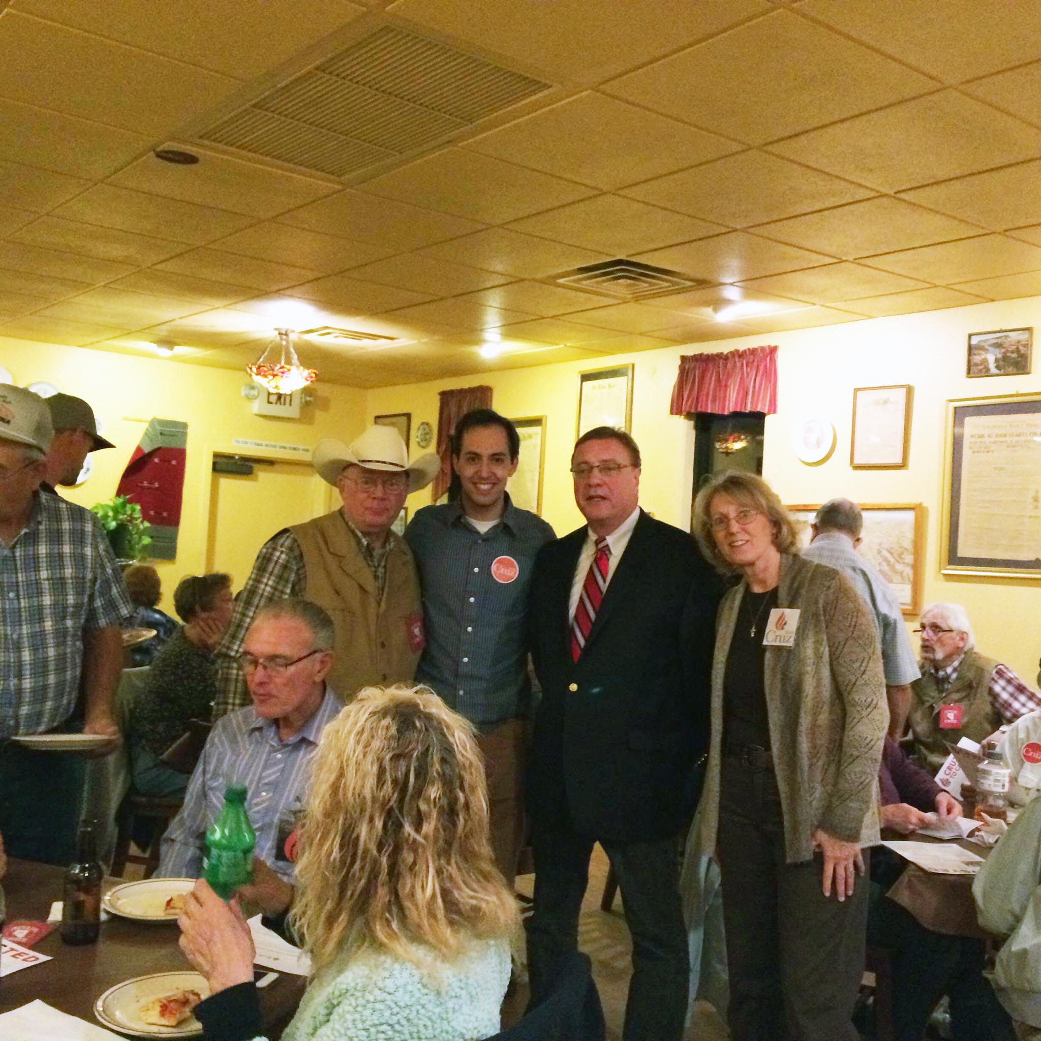 Cruz campaign holds event