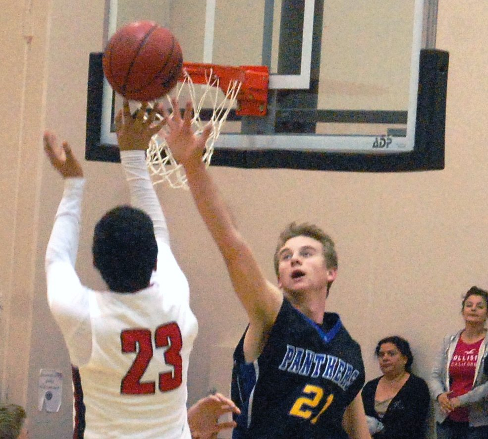 Pahranagat Routs Opponents at Diamondback Classic