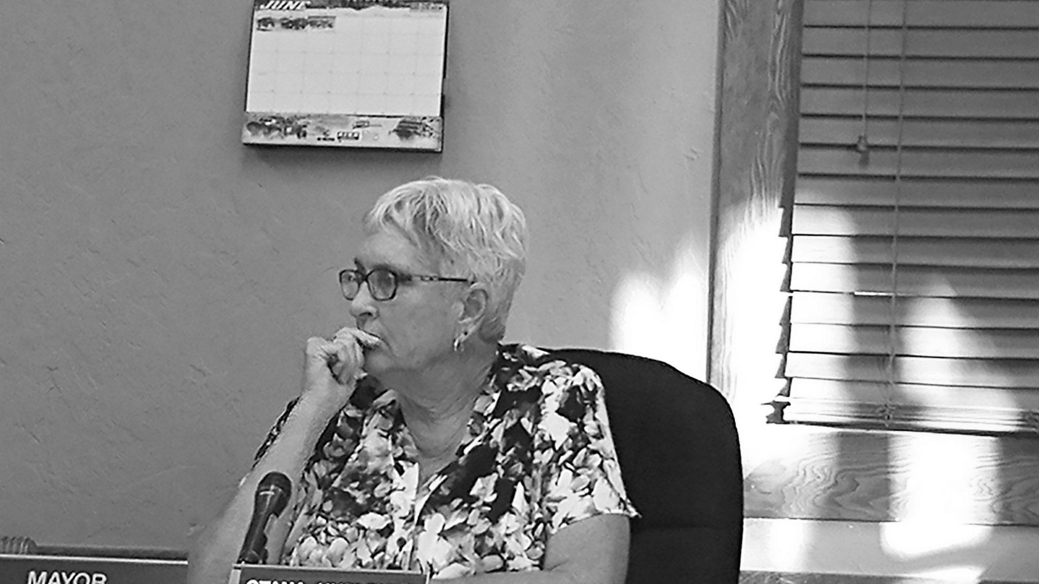 Hurlburt oversees final Caliente City Council meeting