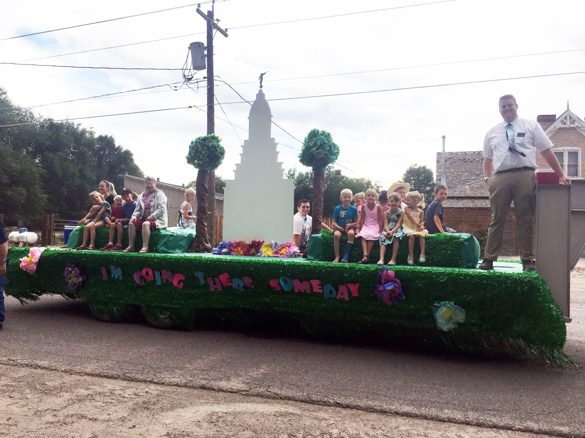 Big crowds for Pioneer Day parade