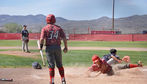 Lincoln Baseball Finishes Season Perfect in League