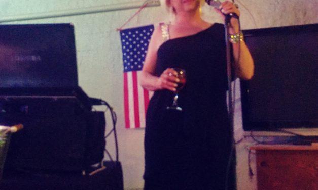 Las Vegas Singer Performs at Local Pub