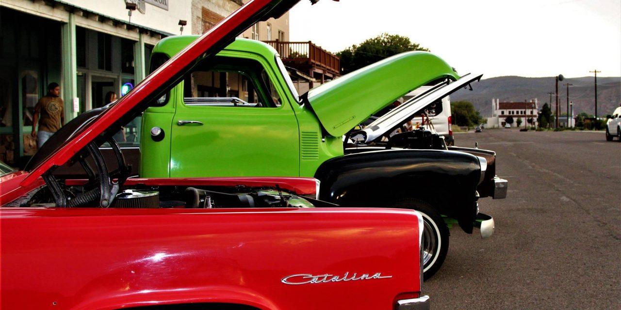 Restaurant Hosts Car Show