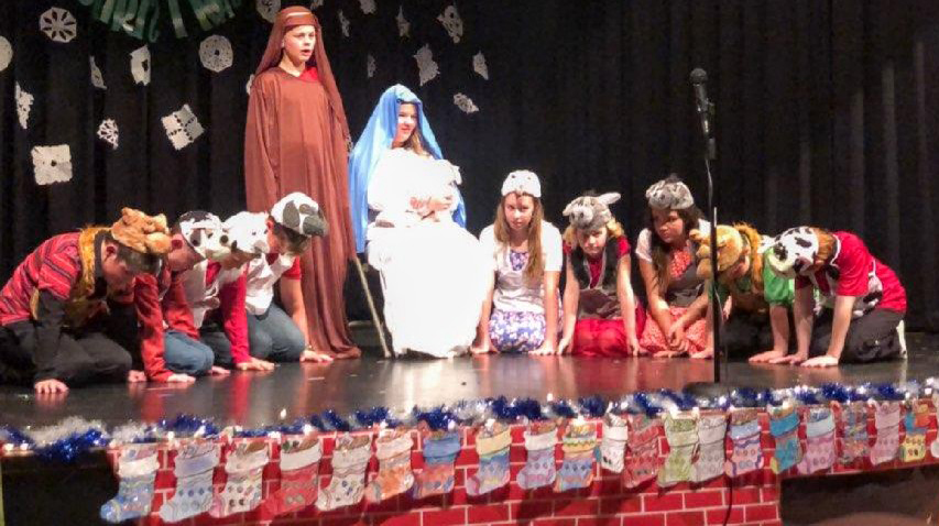 Caliente Elementary School Puts on Annual Christmas Play