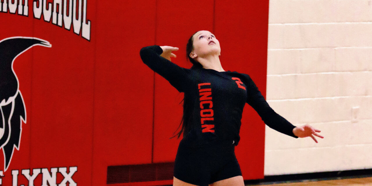 Lincoln Volleyball Falls to The Meadows