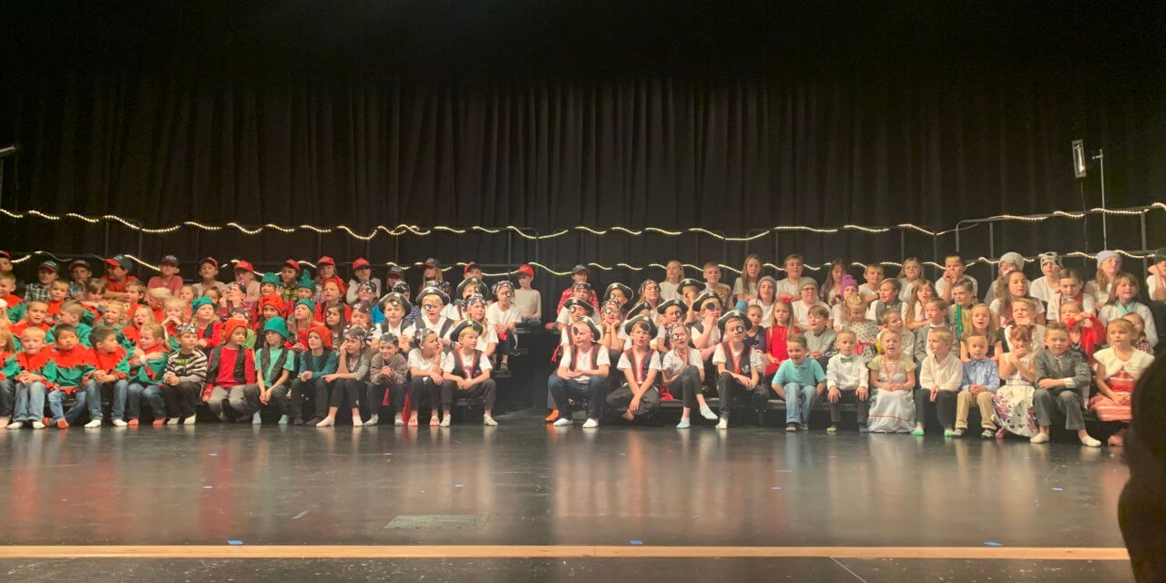 Panaca Elementary performers  don pirate garb for Christmas show